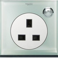 13A 3 Pin Flat Switched Socket with LED indicator