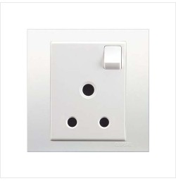 5A 3 Pin Round Switched Socket